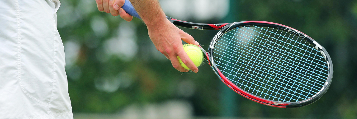 Tennis rackets with open string beds and narrow frame widths are great for the intermediate tennis player.